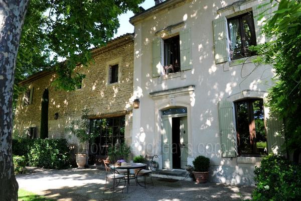 Amazing Holiday Rental in Isle-sur-la-Sorgue in the Luberon