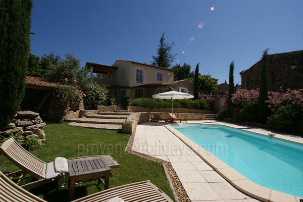 Holiday Rental near Fontaine-de-Vaucluse