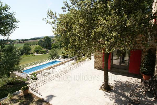 Holiday Rental with Air Conditioning within walking distance to Gordes