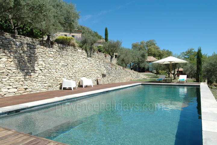 Luxury House with Heated Pool and Air Conditioning in Gordes