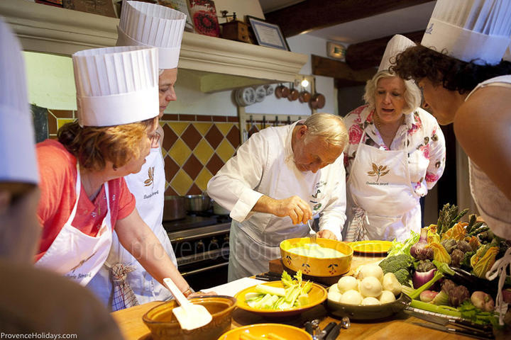 Cookery Classes in La Cadière-d'Azur, Côte d'Azur : The Hostellerie Bérard