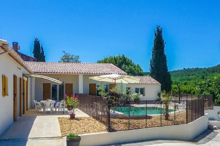 Holiday villa in Saint-Didier, Mont Ventoux