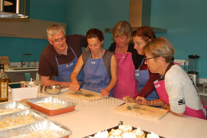 Cookery Classes in Aix-en-Provence, Near Aix-en-Provence : L'Atelier Cuisine de Mathilde