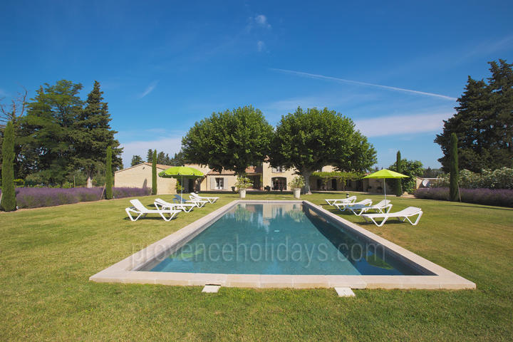 Holiday villa in Lagnes, Luberon
