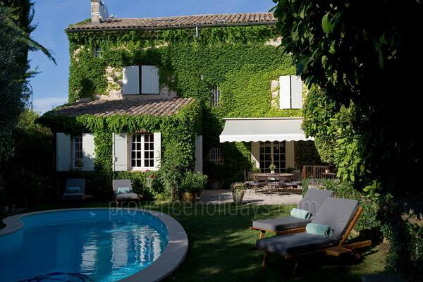 Luxury Interior Designed Holiday Rental with Air Con near the Mont Ventoux