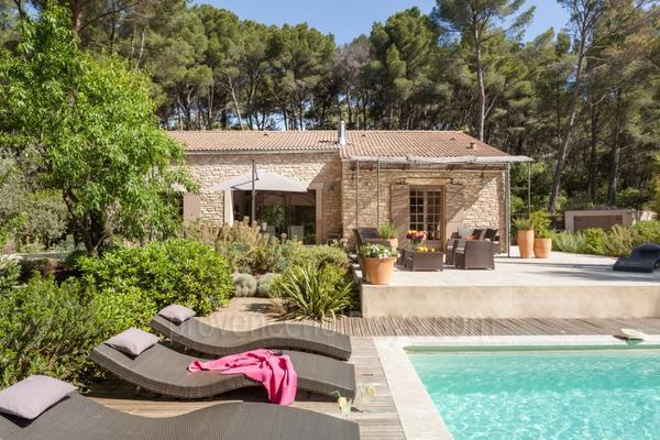 Holiday Provençal House with Heated Pool and Air Conditioning near the Mont Ventoux