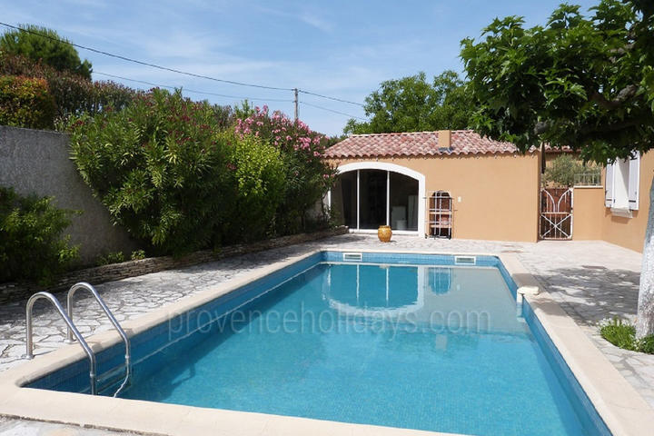 Chez Francis: Swimming Pool - 3