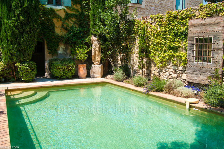 Chez Matias: Swimming Pool - 2