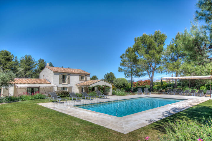 Holiday rental in Eygalières