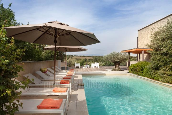 Luxury House with Heated Pool near the Mont Ventoux
