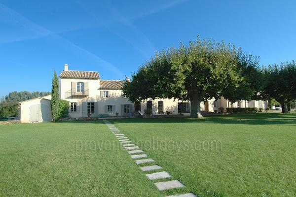 Spacious House to rent with Air Conditioning in Isle-sur-la-Sorgue