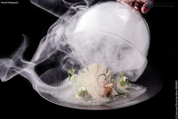 Restaurant La Table de Patrick Raingeard, Michelin 1 star, Gault & Millau - 3 toques
