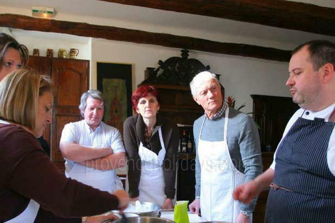 Cookery Classes in Cucuron, Luberon : La Petite Maison de Cucuron