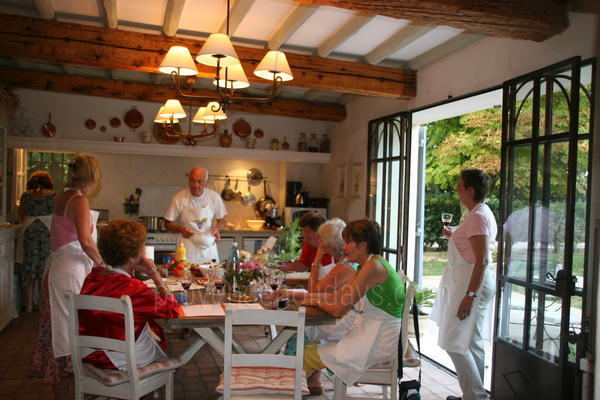 Cookery Classes in Saint-Rémy-de-Provence, Alpilles : Art and Cooking Classes in Provence