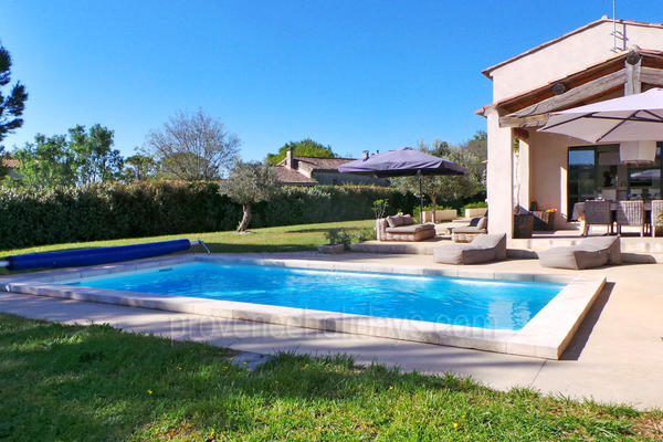Stunning Villa to rent with Heated Pool very close to Maussane-les-Alpilles