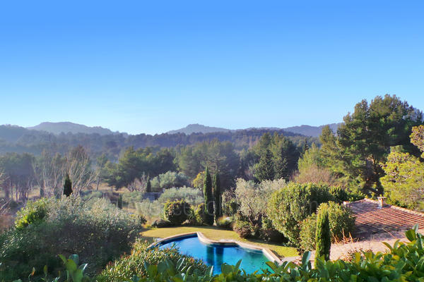 Holiday Rental Provençal House in the heart of Baux-de-Provence