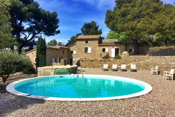 Stunning Pet-friendly Holiday Rental close to Fontaine-de-Vaucluse