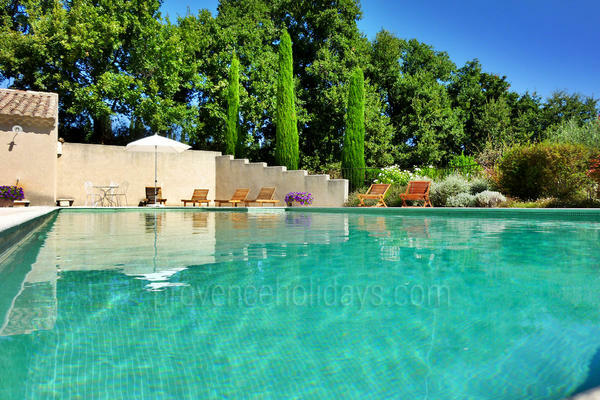 Holiday Rental with Heated Pool in Saint-Rémy-de-Provence in the Alpilles