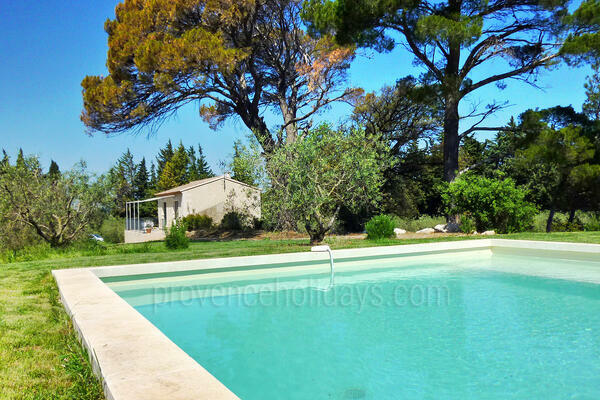 Pet-friendly Country House with Air Conditioning in the heart of Maussane-les-Alpilles
