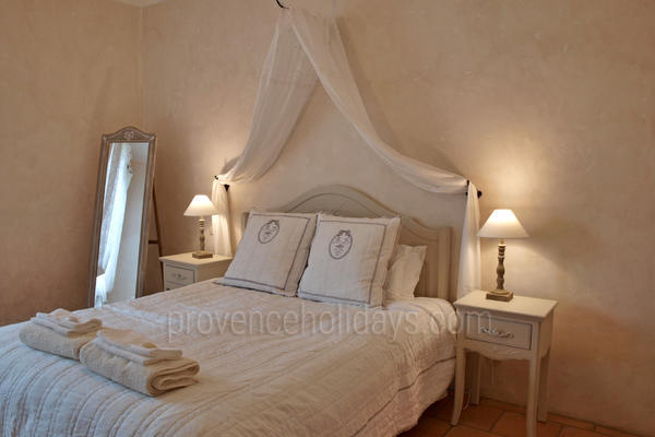 Bastide des Roches: Bedroom - 21
