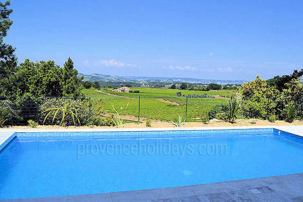 Provençal Holiday Rental House with Heated Pool in the Drôme Provençale