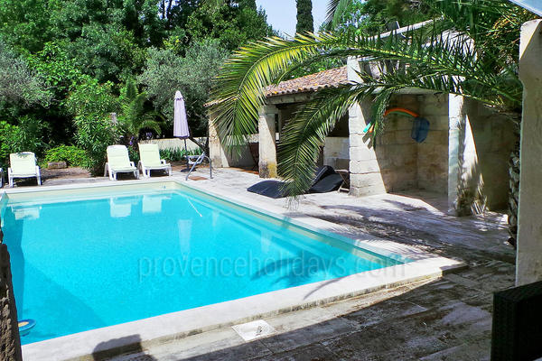 Bastide with Air Conditioning in the heart of Maussane-les-Alpilles
