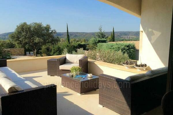 Holiday Rental Villa with Heated Pool near Uzès & Pont du Gard