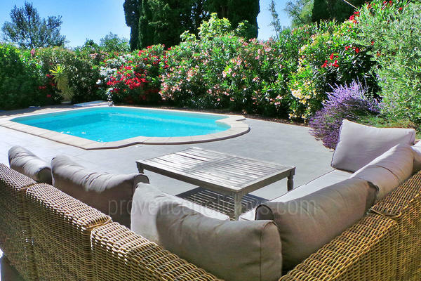 Holiday Rental with Air Conditioning very close to Maussane-les-Alpilles