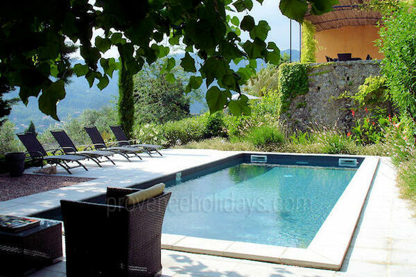 Bastide with Heated Pool in Grasse in the French Riviera / Côte d'Azur