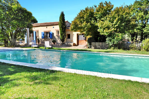 Holiday Rental Gîte with Air Conditioning in the Luberon