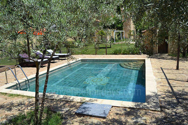 Holiday Rental Stone House near Crillon-le-Brave