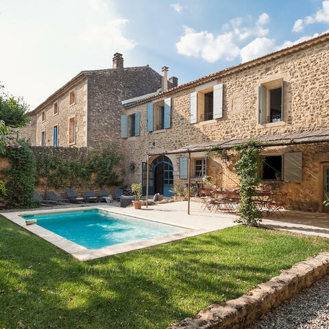 Ref: VPG-010 - Situated in the charming village of Vers-Pont-du-Gard, this fully restored stone farmhouse is now a characterful and refined holiday rental that sleeps up to 10 guests.