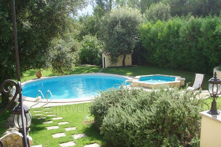 Holiday villa in Carpentras, Mont Ventoux