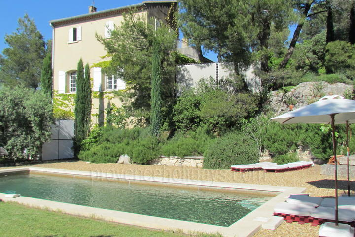 Holiday Rental in the Alpilles