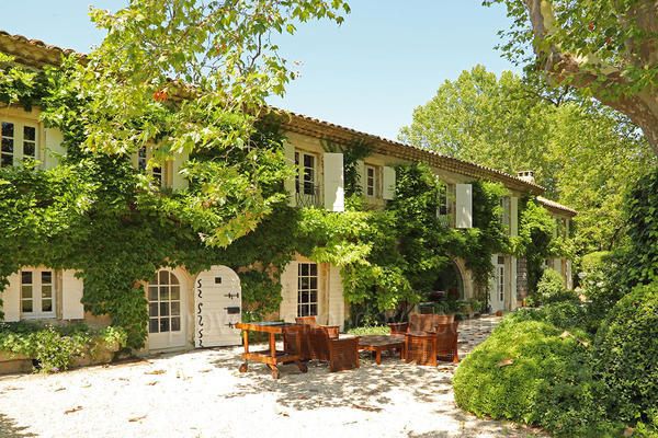 Exceptional Holiday Rental in Eygalières in the Alpilles