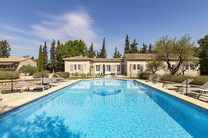 Stunning holiday rental in Eygalières