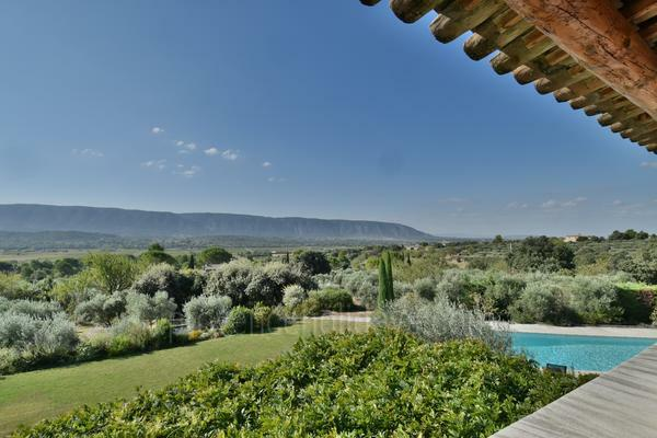 Stunning House to rent with Heated Pool and Air Conditioning in Gordes