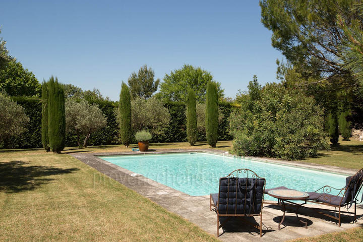 Wonderful Provençal Home to rent in Gordes