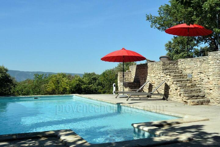 Great holiday home with amazing view of the Luberon