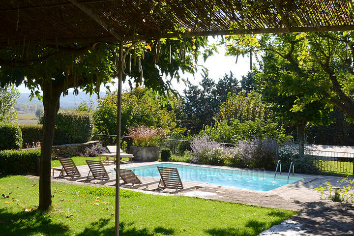 Luxury Holiday Home in Gordes