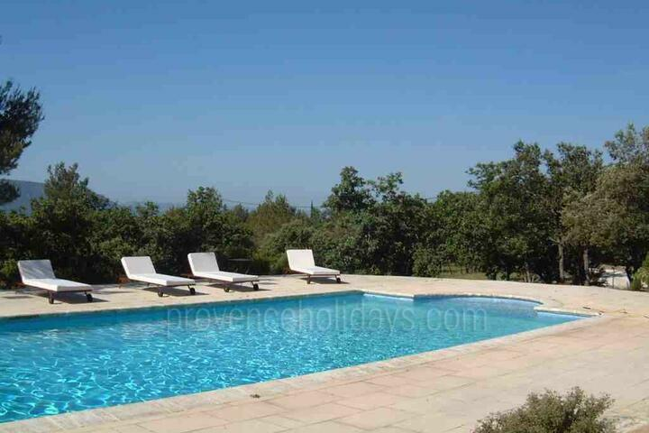 Holiday villa in Gordes, Luberon