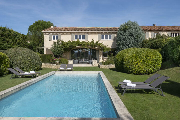 Charming Holiday Rental with Private Pool in Joucas