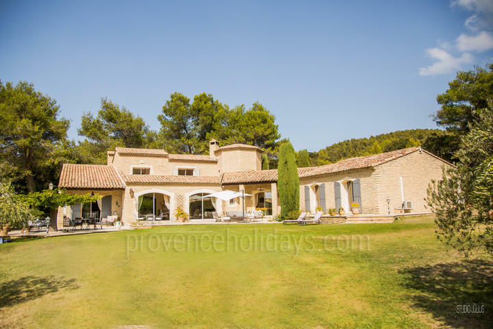 Holiday villa in Baux-de-Provence, Alpilles