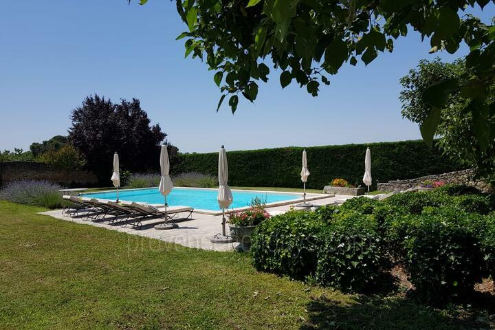 Holiday villa in Mazan, Mont Ventoux