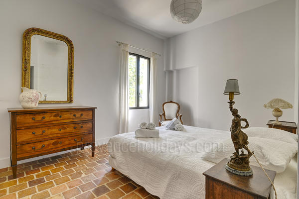 Mas Alpilles: Bedroom - 45