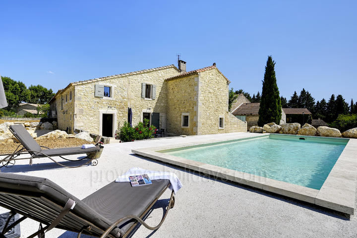 Newly refurbished Luxury Provençal farmhouse