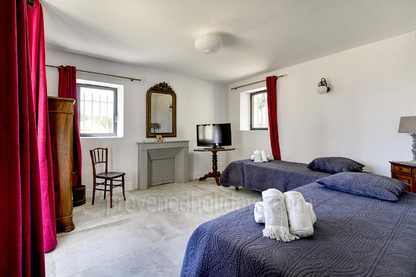 Mas Alpilles: Bedroom - 46