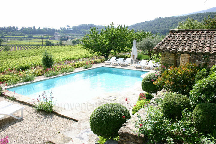 Holiday villa in Oppède, Luberon