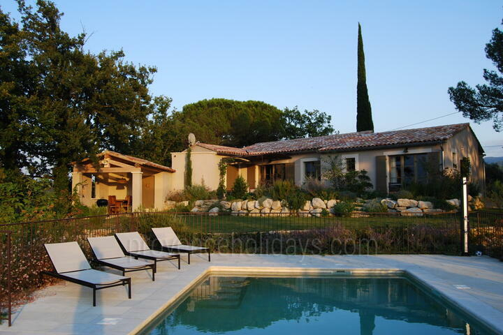 Modern Holiday Rental with Air Conditioning in the Luberon