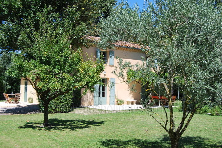 Holiday rental in Pernes les Fontaines